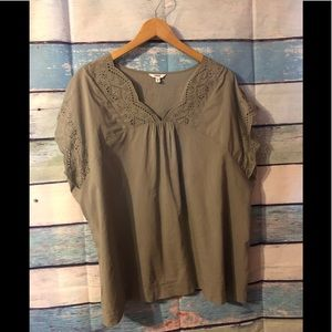 XL blouse. But fits XXL Sonoma brand